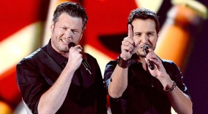 Host of the night Blake Shelton and Luke Bryan
