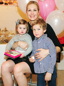 Kelly Rutherford was recently granted sole custody of her children, Hermes and Helena, after a long battle with her ex.