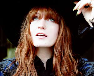florence-and-the-machine-how-big-how-blue-how-beautiful-sobre-pop-2015-destaque